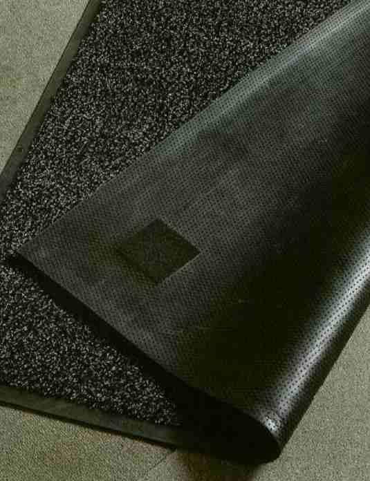 Puma-Ulazni Otirači tekstilni :dličan apsorpcioni kapacitet od prljavštine poseduju Otirači koji je idealan za upotrebu u oblastima sa gustim saobraćajem